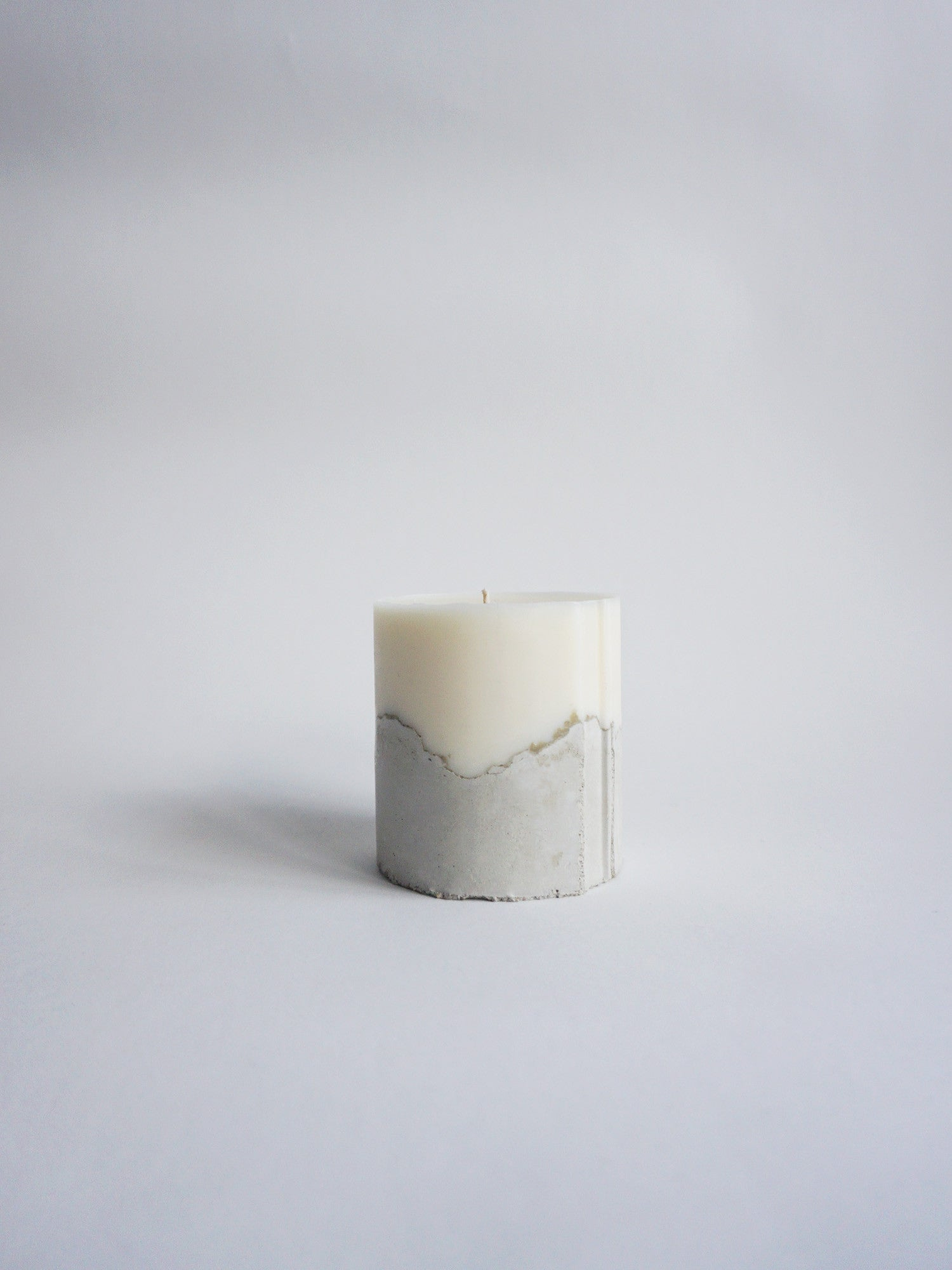 Concrete-Candle-Palmarosa-Small
