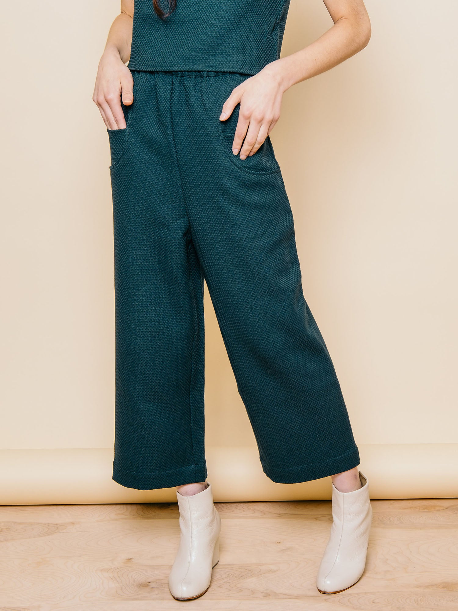 Wray-Eclipse-Pant-Front-Green