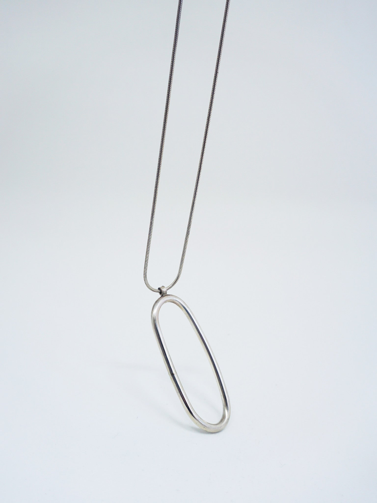 Young-Frankk-Silver-Chain-Reservoir-Necklace