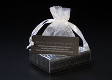 Load image into Gallery viewer, Belinda Carmichael Silver Jewelry Packaging