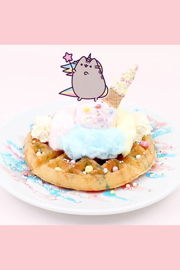 Pusheen the Muse!