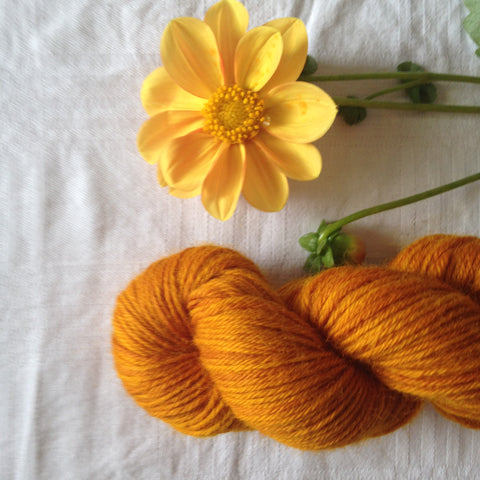 Rosewood wool yarn - yellow