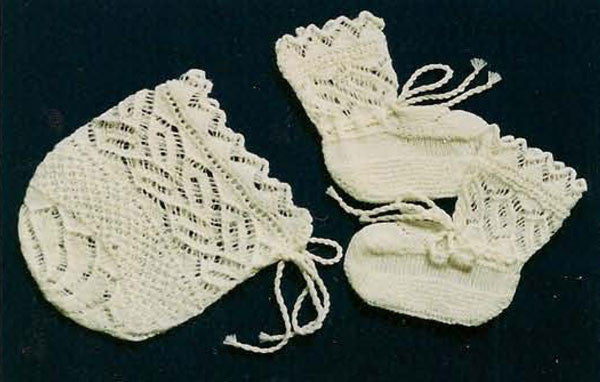 Versailles Border Bonnet and Booties