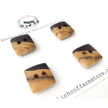 "Load image into Gallery viewer, Black Walnut Wood Buttons - Walnut Sap & Heartwood Buttons - 3/4"" - 4 Pack"