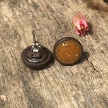 Load image into Gallery viewer, Black Clay Color Splash Ceramic Earrings - Speckled Caramel - Rustic Ceramic Stud Earrings