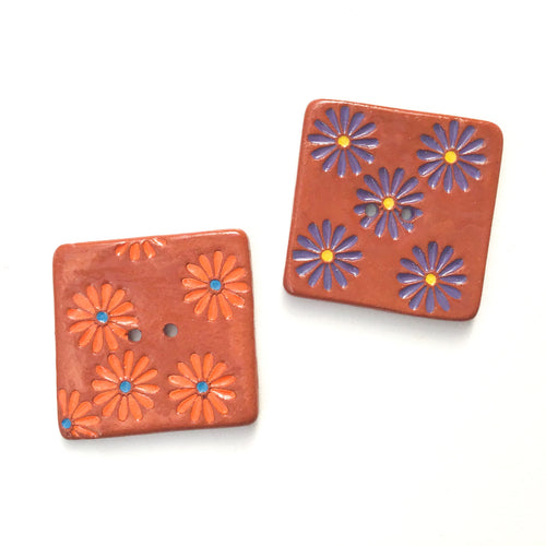 Hand Stamped Daisy Button on Red Clay - 1 7/16