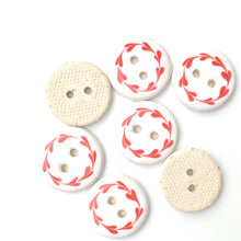 "Load image into Gallery viewer, White & Red Floral Wreath Ceramic Buttons - Round Ceramic Buttons - 3/4"" - 7 Pack (ws-262)"