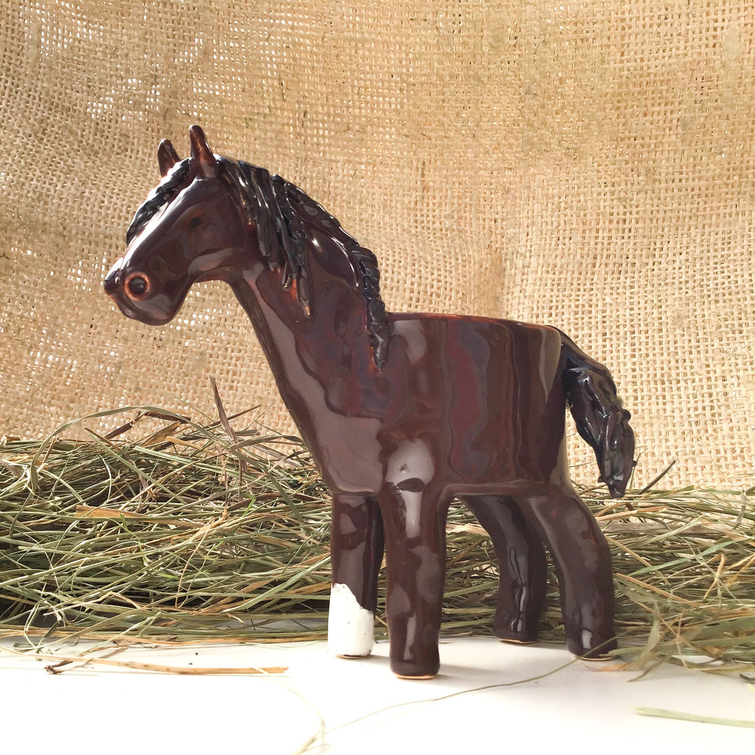 Thoroughbred Horse Planter - Ceramic Horse Plant Pot