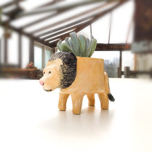 "Load image into Gallery viewer, Lion ""King of the Jungle"" Planter - Lion Succulent Pot"