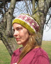 Load image into Gallery viewer, Hand knit fair isle hat