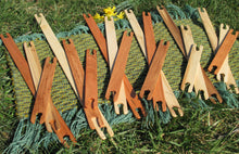 "Load image into Gallery viewer, 20""- 36"" Long Craftsman Wood Stick Shuttles - Weaving Shuttles"