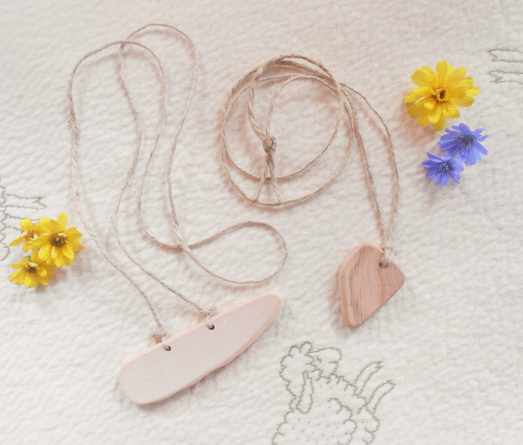 Wooden Nursing Necklaces - Natural Teething Necklace
