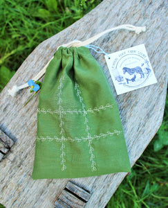 Tic-tac-toe Travel Game with Organic Cotton Bag