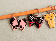 Load image into Gallery viewer, Knitting Stitch Markers - Set of 6 - Animals