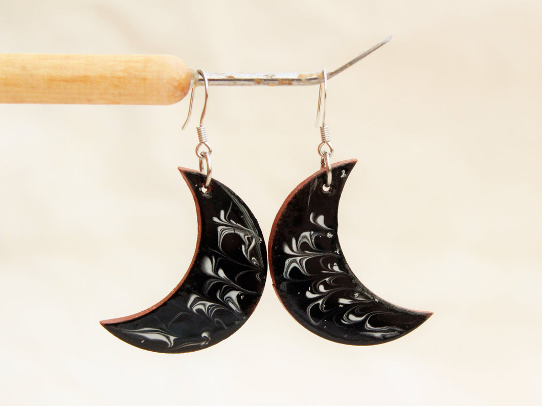 Black and White Moon Earrings - Ceramic Moon Earrings - Pottery Earrings - Crescent Moon Jewelry - Moon Decor- Handcrafted Artistic Earrings