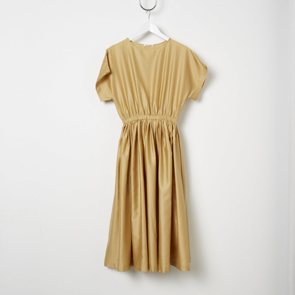 Black Crane Pleated Box Dress - Tan