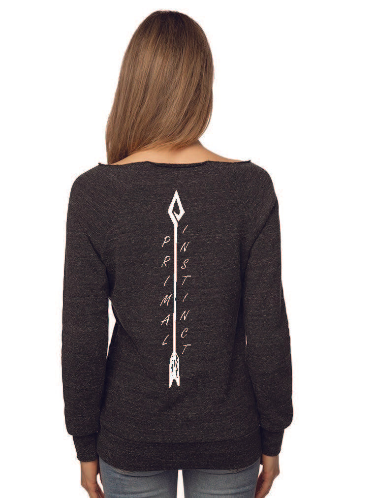 Women's Huntresses arrow raglan fleece