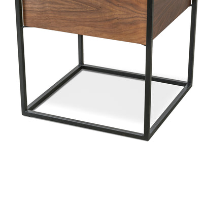 Axis Side Table | Walnut