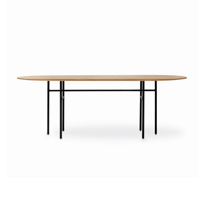Menu Snaregade Oval Dining Table