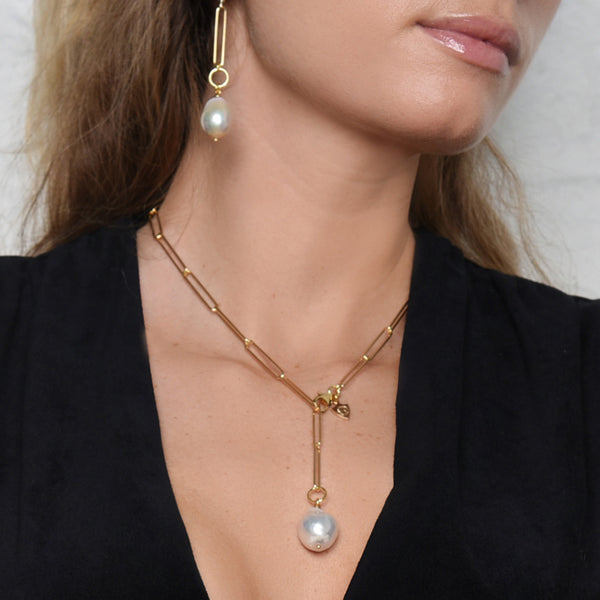 Going Baroque Pearl Lariat