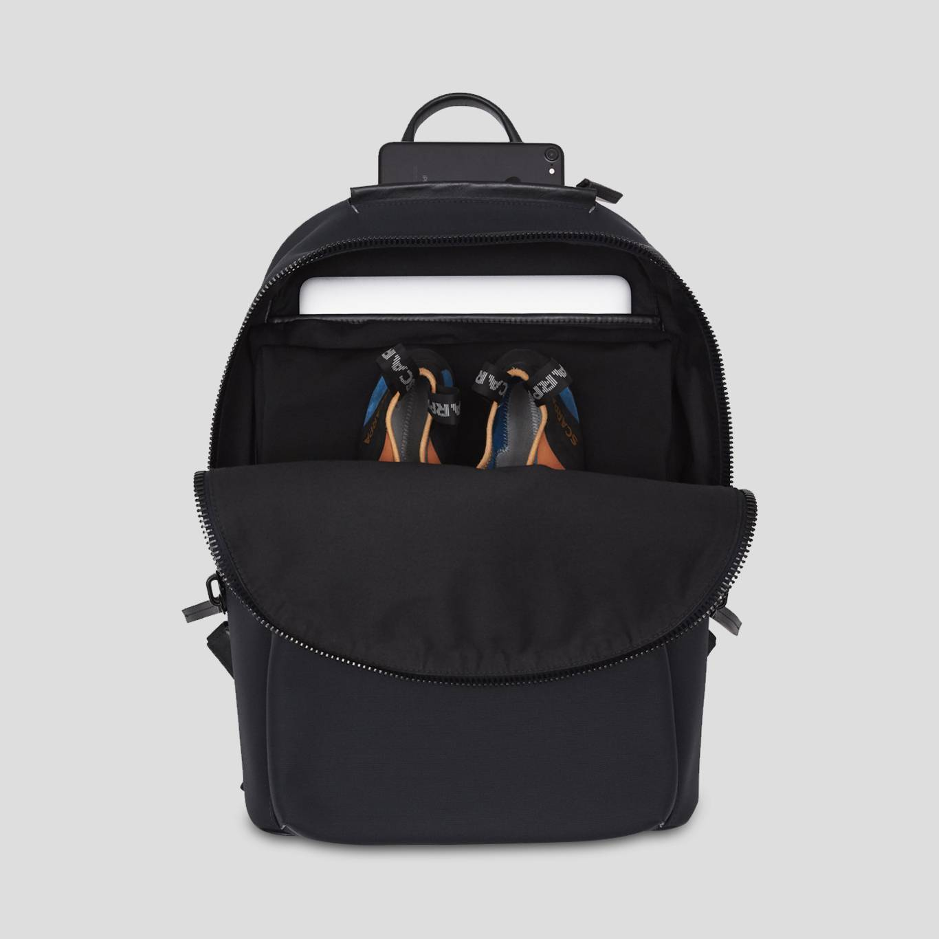 Slipstream rucksack with laptop pocket and climbing shoes