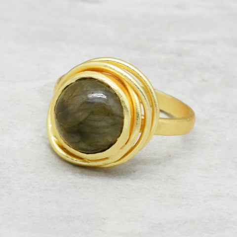 Image of HANDMADE NATURAL LABRADORITE GEMSTONE 22K YELLOW GOLD PLATED RING SIZE 7