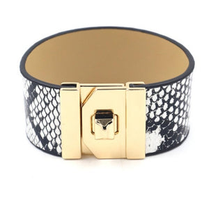 Snakeskin grain wide bracelet female leather