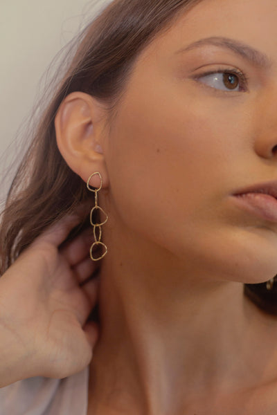 fine jewelry gold statement earring cool girl style Moda operandi jewelry feminine earrings