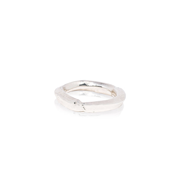 silver ring with diamonds for casual wear