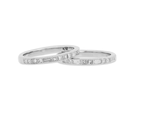 Delicate Double Diamond Rings