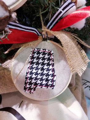 Alabama Farmhouse Christmas Ornament (F-LC-125)