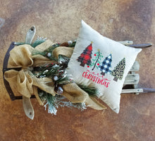 Load image into Gallery viewer, 4 Trees Merry Christmas Pillow (P-SW-111)