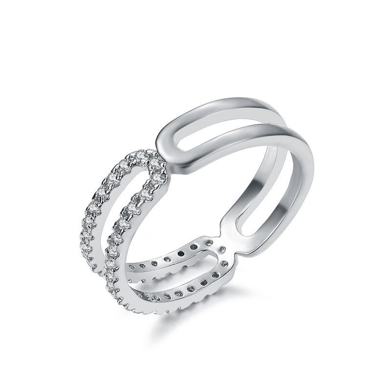 Half eternity ring in white gold plate