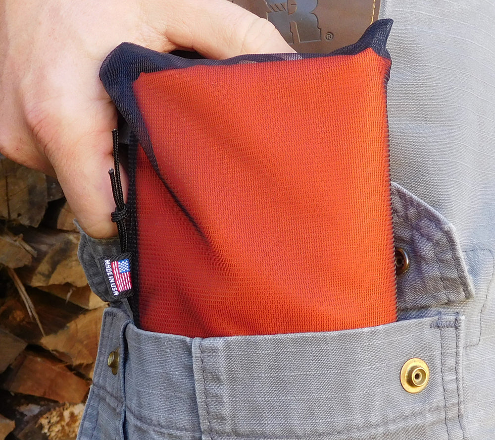 5col Ultralight Tarp easily fits cargo pockets