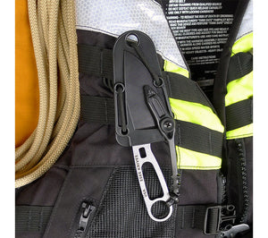 With both an included belt clip plate and nylon cord, the ESEE Imlay Knife sheath can be attached to gear a number of ways and is MOLLE compatible.