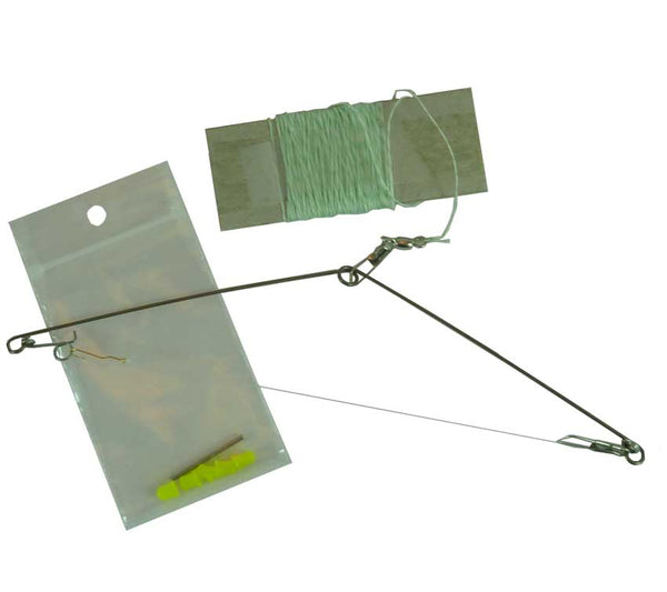 Speedhook Military Fishing Kit includes Speedhook, Fishing Line, Deyhdrated Bait, and Instructions.