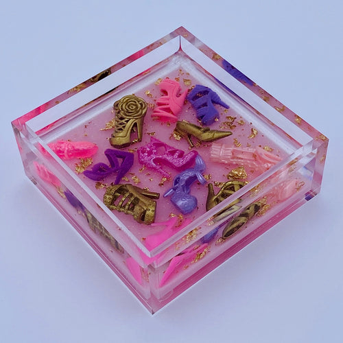 "Diva Doll Stiletto Catchall - pale pink glitter base, 4x4"" (purple)"
