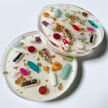 Load image into Gallery viewer, Pearl White Base with Gold Leaf Pill Petri