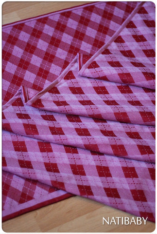 Archive: Marsupial Mamas Exclusive: Natibaby Argyle Red (Merino Blend)