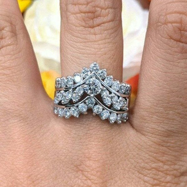14KW 1.5CTTW Edgy Elegant Three Row Diamond Chevron V Ring SI1-SI2 G-H 7.4 grams - Jewelry Works