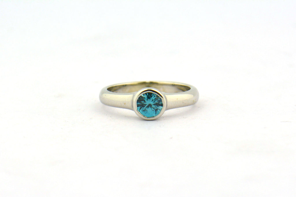 14KW 0.75CT AA Round Blue Zircon Bezel Set Solitaire Ring 4.0G Size 6.25'' - Jewelry Works