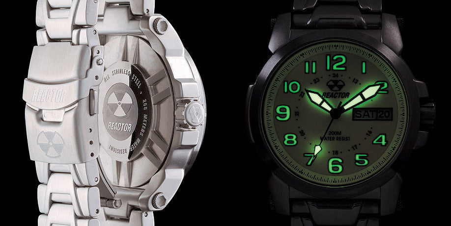 Reactor Atom Stainless Steel Men's Watch with Never Dark Technology