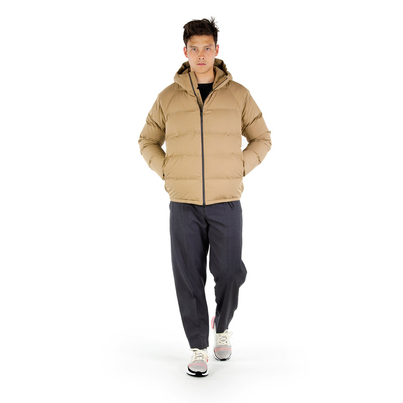 https://cdn.shopify.com/s/files/1/0171/1787/2228/files/Defense_Down_Jacket_Walking_Video_2.mp4?5543