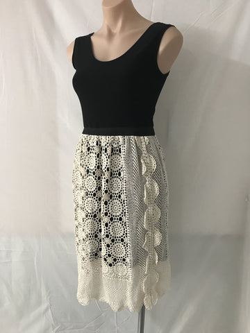 Vintage Lace Dress SMALL
