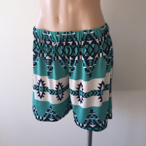 Swing Shorts {Aztec}