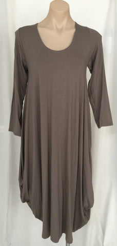 Drape dress with sleeves {Taupe}
