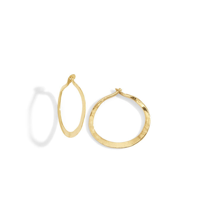 blanca monrós gómez | mini hammered hoops