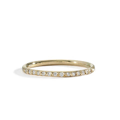 blanca monrós gómez | slim round white diamond band