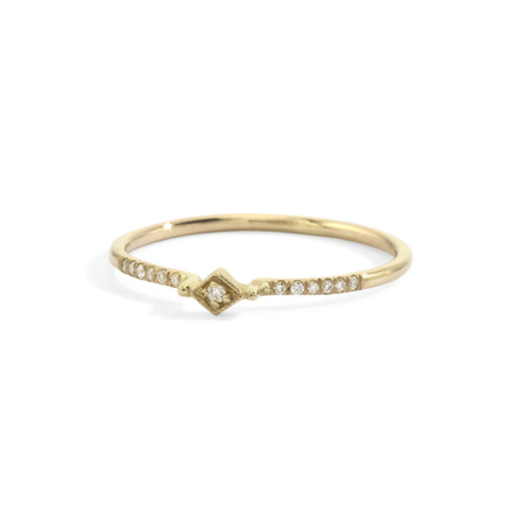 tiny filigree stacking ring in yellow gold -  size 6