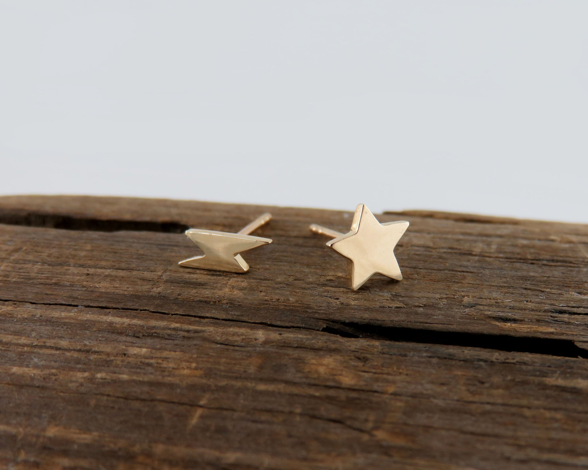 14k gold star and lightning bolt studs